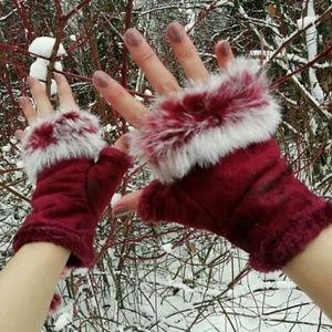 $12 ADD ON - Burgundy Faux FUR Fingerless Gloves